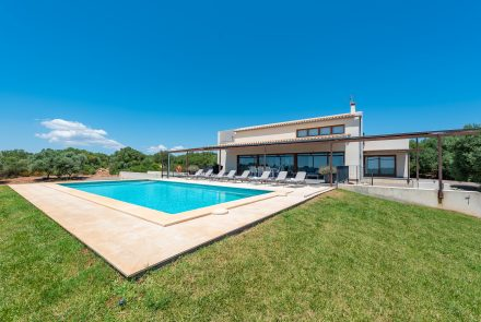 moderne fincas mallorca | moderne finca mallorca osten in cala d or ...